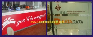 cutting sticker oracal
